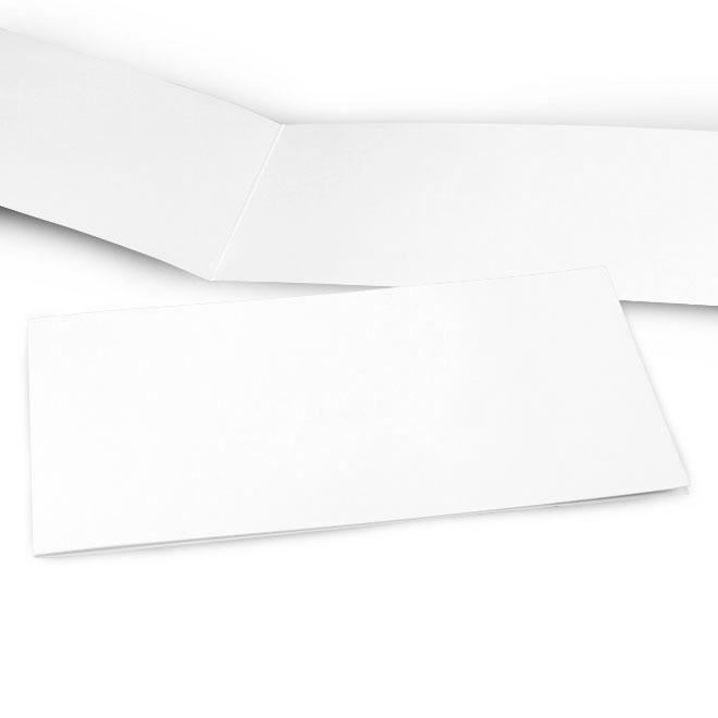 Abbildung einer Karte im DIN lang Querformat, leere, weisse Seiten, fuer persoenliche Gestaltung