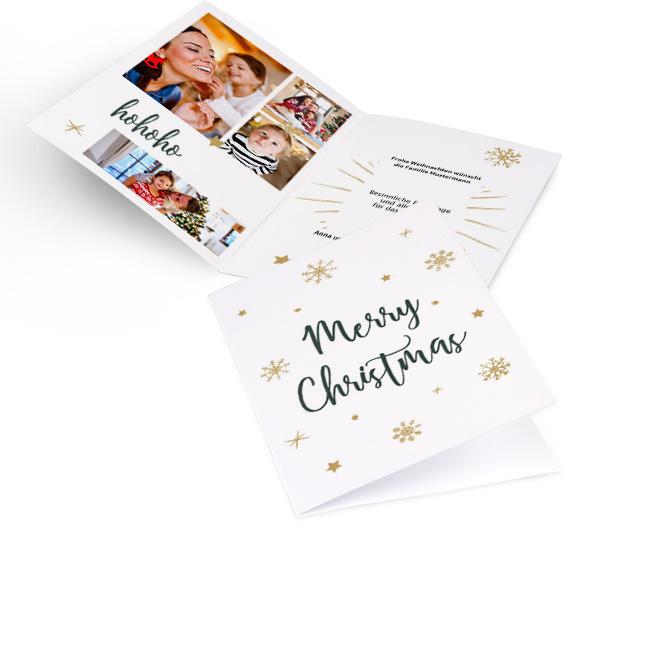 Weisse nostalgische Weihnachtskarten in Hoch mit Schriftzug MERRY CHRISTMAS und Schneeflocken in Gold. Innenseiten mit Platz fuer 4 Fotos links und Text rechts.